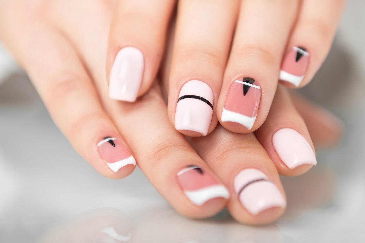 Jak mieć zdrowe i modnie wyglądające paznokcie?